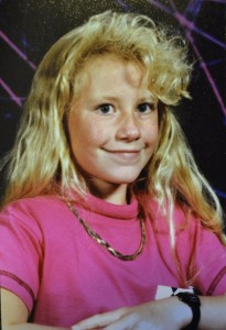 Check out those bangs. And the gold chain.